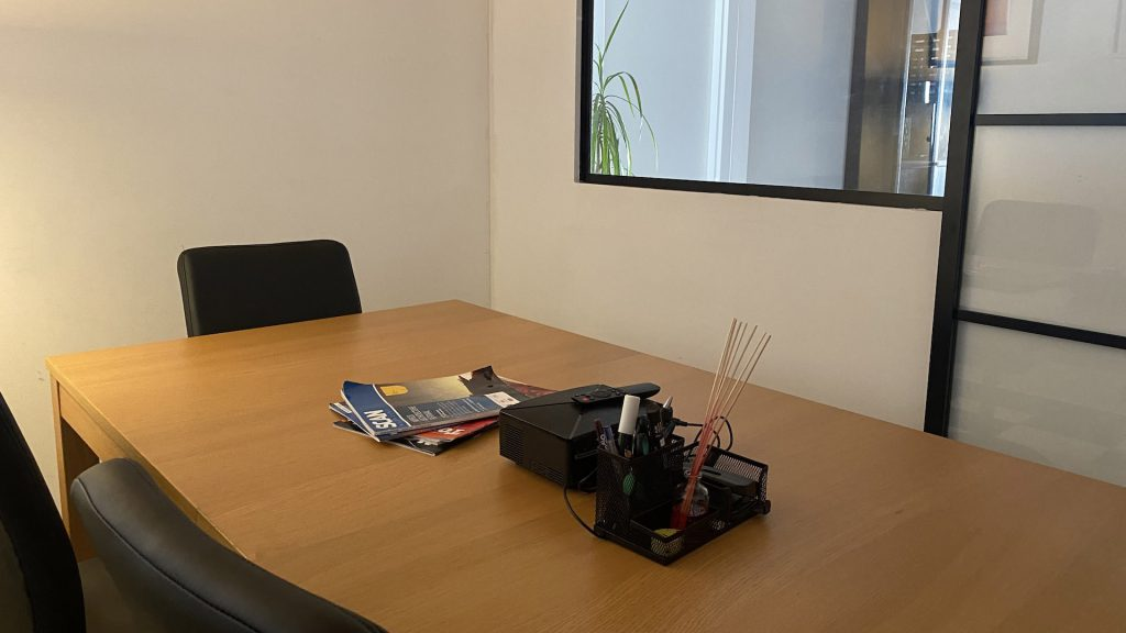 meeting room up to 4pax